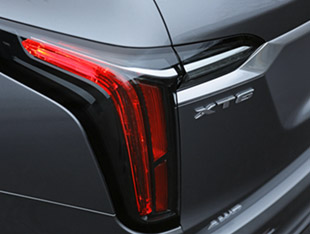 2020 Cadillac XT6 tail light and trunk