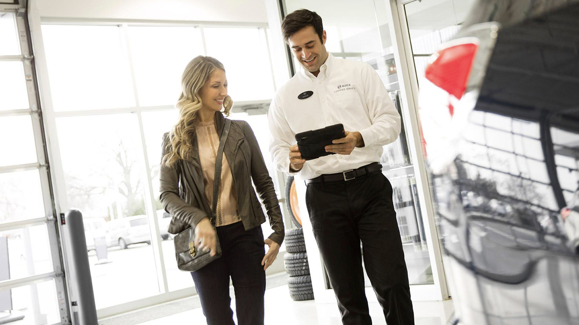 Service consultant with customer
