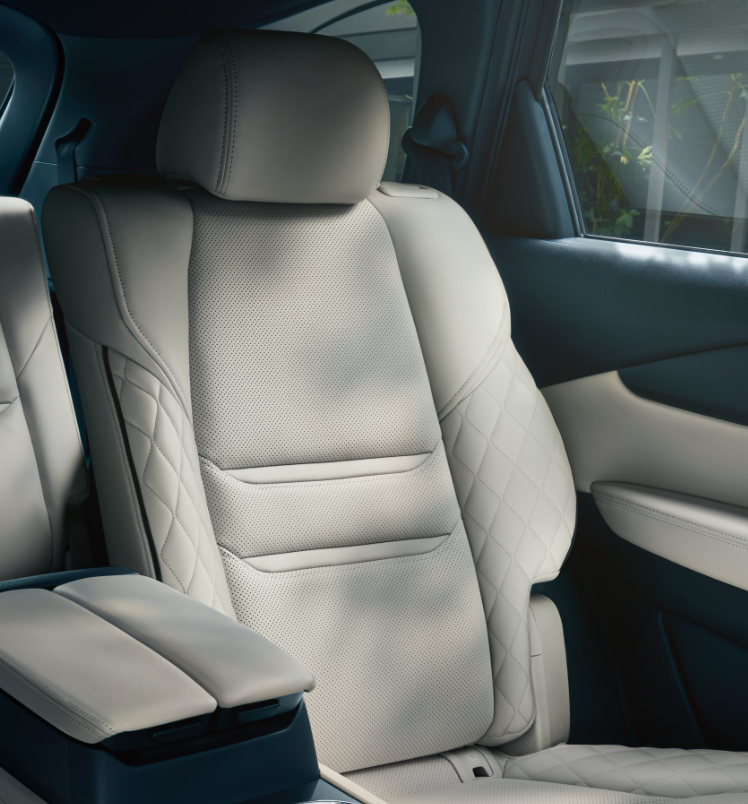 Mazda CX-9 light interior
