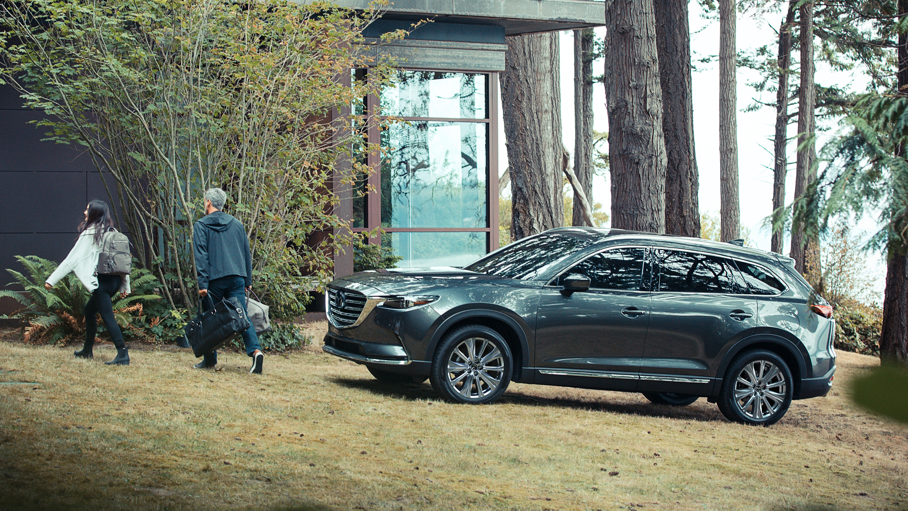 Mazda CX-9 parked countryside
