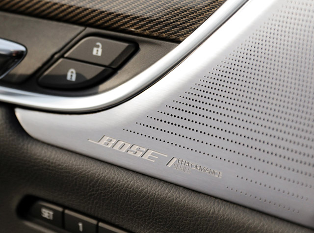 2020 Cadillac XT6 interior Bose speakers