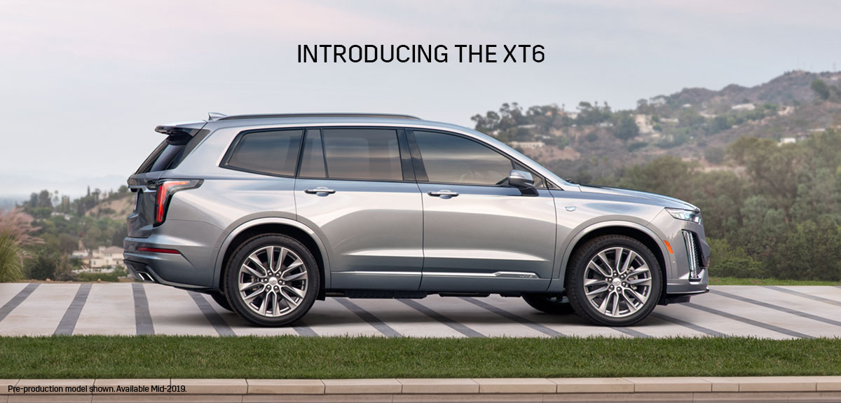 2020 Cadillac XT6 parked in driveway